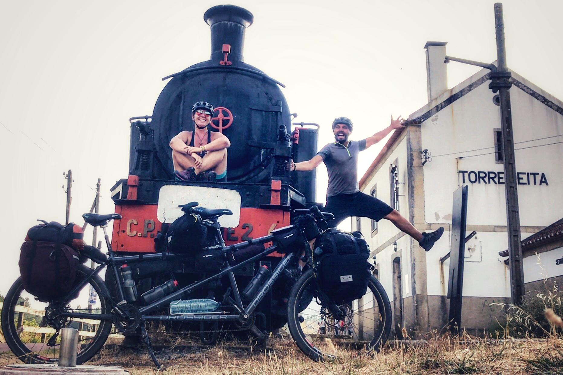 Apita o comboio na Ecopista do Dão